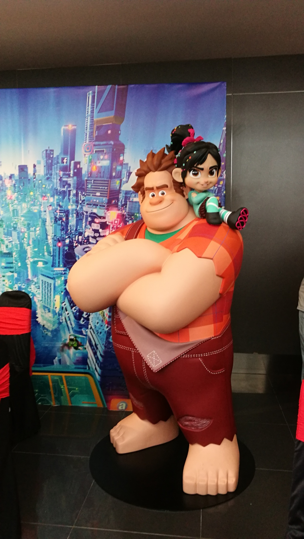 Keep your insecurity in check – Review for Wreck-it Ralph 2